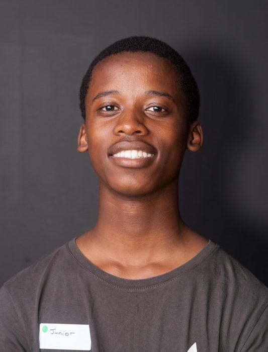 Luyanda Mbonambi